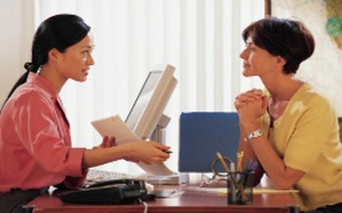 Qual é a hora certa de pedir um aumento para o chefe?