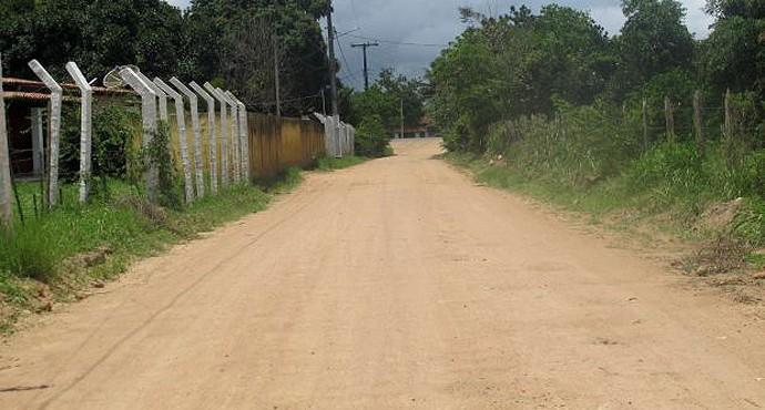 Estrada de terra CT Bahia de Feira (Foto: Diego Ribeiro)