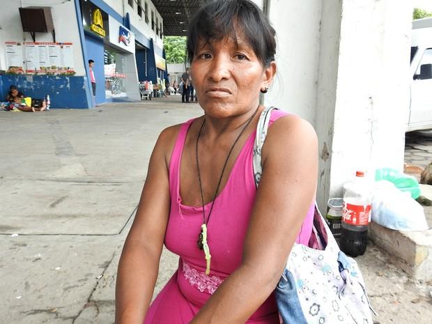 Suleima viajou para Manaus com a mãe, o pai e quatro filhos (Foto: Indiara Bessa/G1 AM)
