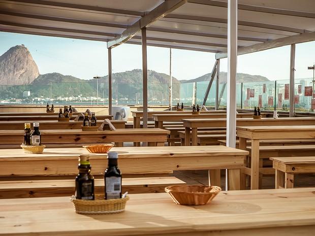 Terraço da Casa d'Itália, sede do Consulado, se transforma em restaurante para celebrar a gastronomia italiana. (Foto: Consulado Geral da Itália/Divulgação)