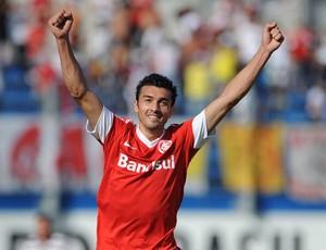 Dátolo gol Internacional (Foto: Edu Andrade / Ag. Estado)