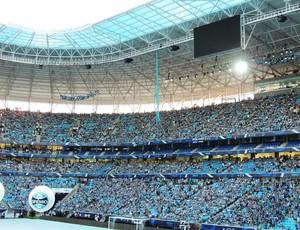 Arena do Grêmio já está quase lotada de torcedores (Foto: Lucas Rizzatti/Globoesporte.com)
