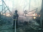 Incêndio destrói galpão de fábrica de motos na Zona Norte de Manaus