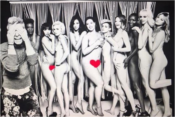 A modelo Ashley Graham nua junto com as participantes do 'America's Next Top Model' (Foto: Instagram)