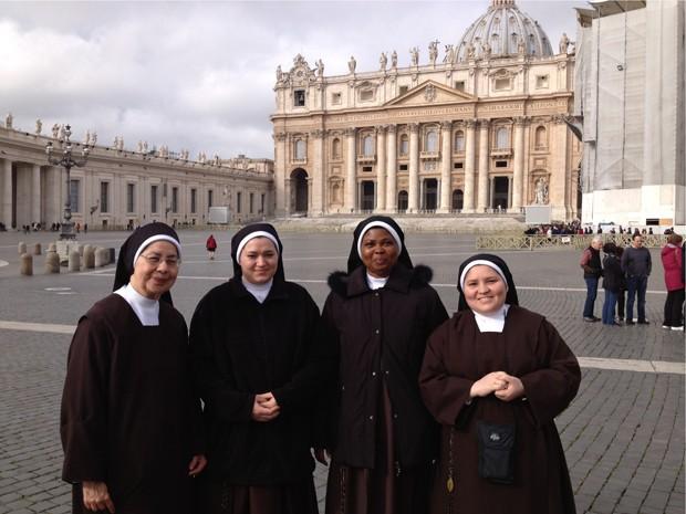 As irmãs Leonor Angeli, Vera Loss, Maria Madelalena e Maria Bernardita Miranda, da Congregação das Irmãs Carmelitas do Divino Coração de Jesus (Foto: Juliana Cardilli/G1)