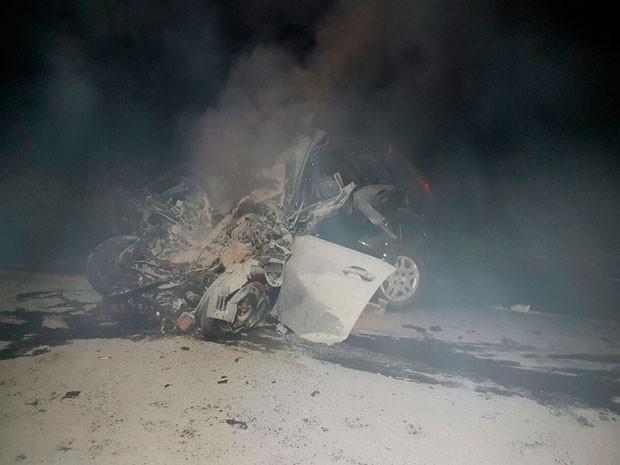 Acidente ocorreu em trecho da BR-242, em Luís Eduardo Magalhães (Foto: Weslei Santos/Blog do Sigi Vilares)