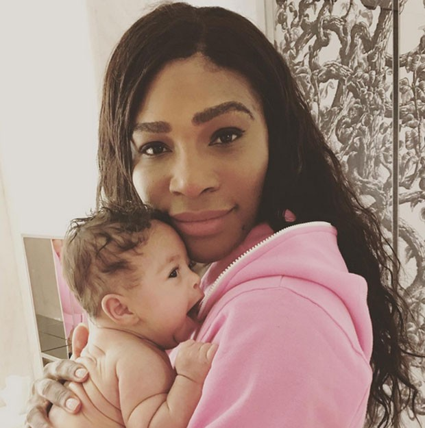 Serena Williams e a filha (Foto: Reprodução)