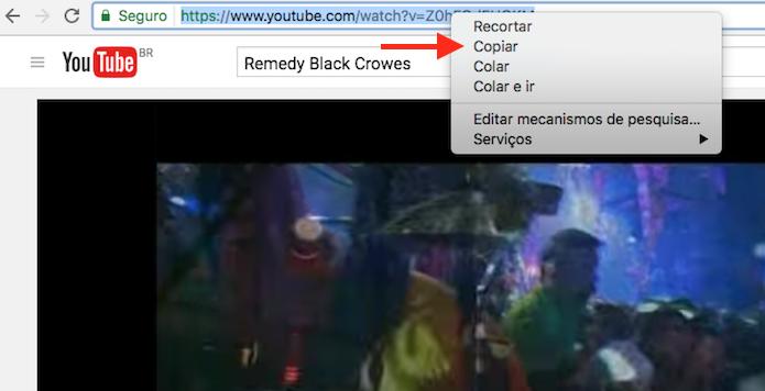 Ação para copiar o link de um vídeo do YouTube que será compartilhado no Facebook (Foto: Reprodução/Marvin Costa)