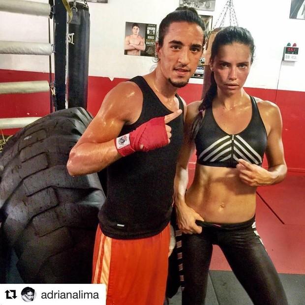 Adriana Lima e Dino Spencer (Foto: Instagram/Reprodução)