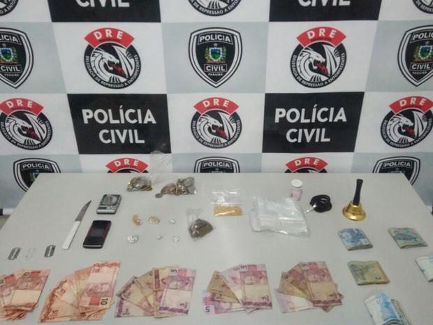 Suspeito vendia drogas em casa, mas também fazia entregas em moto, diz polícia (Foto: Ramirez São Pedro/Polícia Civil)
