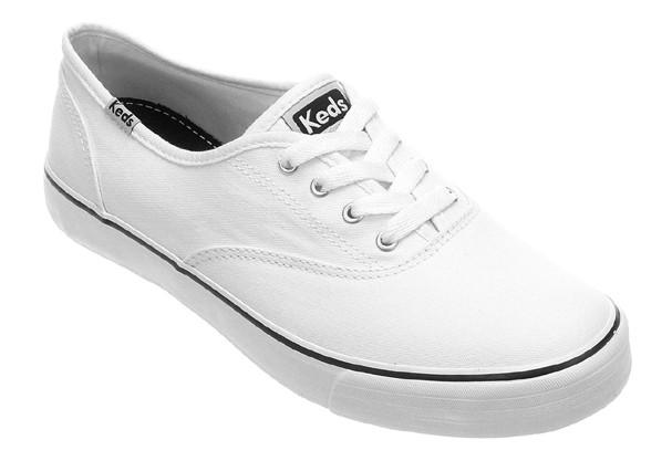 Moda  tênis branco é febre  Veja modelos a partir de R  70 - Glamour ... c2dcc7e32d