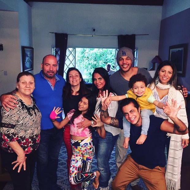 Gretchen mostra visita a casa de Simony (Foto: Instagram / Reprodução)