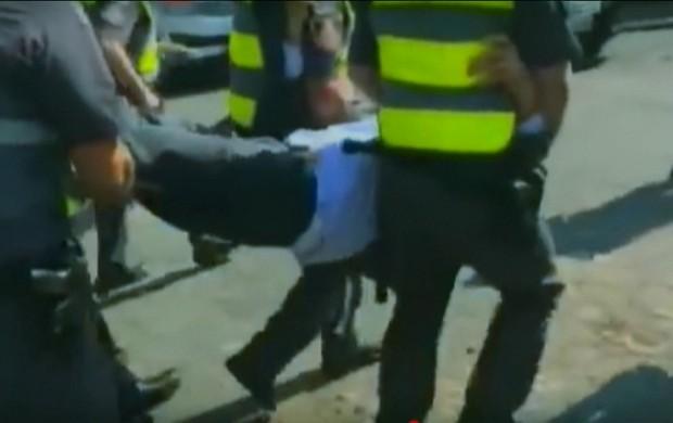 Suplicy é  detido (reprodução GloboNews)