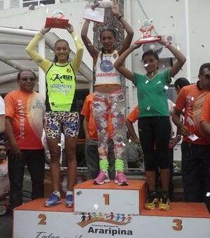 Simone Daiane é a segunda colocada na corrida do Trabalhador, em Araripina-PE. (Foto: Marciano Barros / Arquivo pessoal)