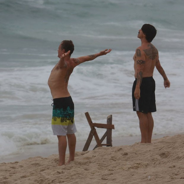 Anthony Kiedis e Flea (Foto: Denilson Santos /Agnews)