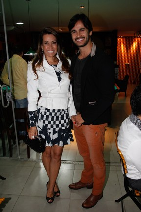 Solange Frazão com o namorado em evento em São Paulo (Foto: Marcos Ribas/ Foto Rio News)