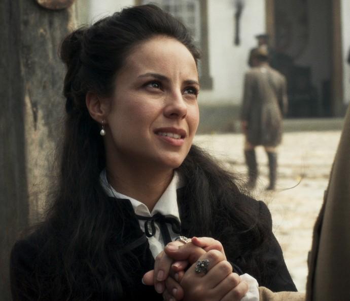 Joaquina diz a Rubião que vai pensar sobre proposta de compromisso (Foto: TV Globo)