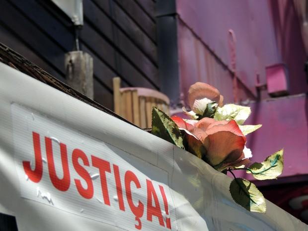 Incêndio na casa noturna matou 242 pessoas (Foto: Felipe Truda/G1)