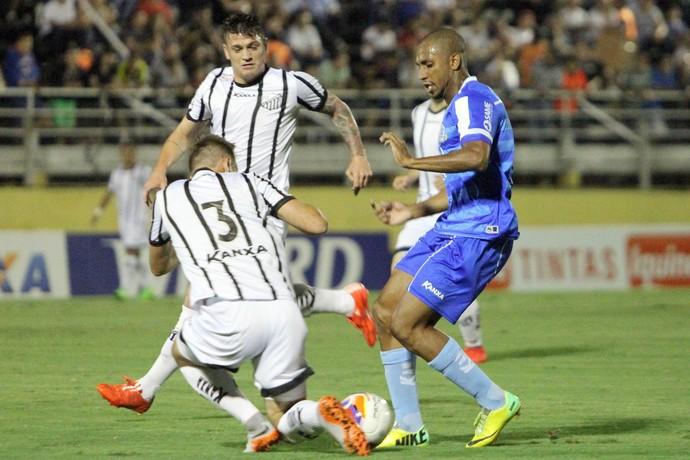 Anselmo, bragantino x macaé (Foto: Tiago Ferreira / Macaé Esporte)