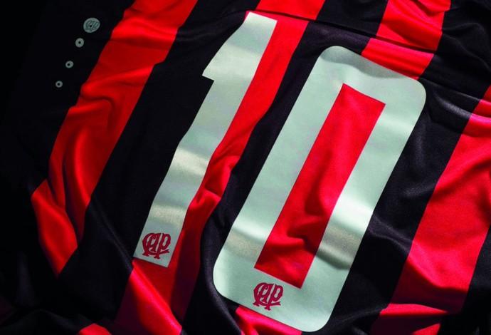 Camisa Atlético-PR (Foto: Site oficial do Atlético-PR/Divulgação)