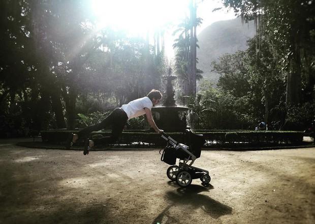 Tainá Müller posta foto do marido, Henrique Sauer (Foto: Reprodução/Instagram)