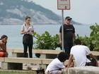 Ana Paula Renault grava com Rodrigo Sant'Anna em praia do Rio