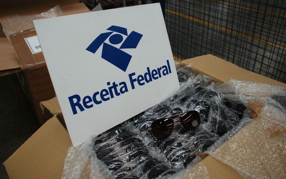 Óculos de sol também foram apreendidos pela Receita Federal (Foto: Divulgação/Receita Federal)