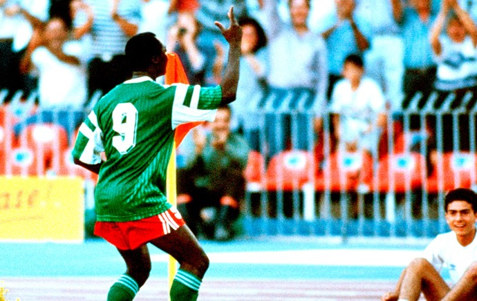 Roger Mila dança Camarões Copa do Mundo (Foto: Getty Images)