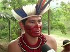 Índios pataxós ocupam área próxima à BR-101, em Paraty, RJ