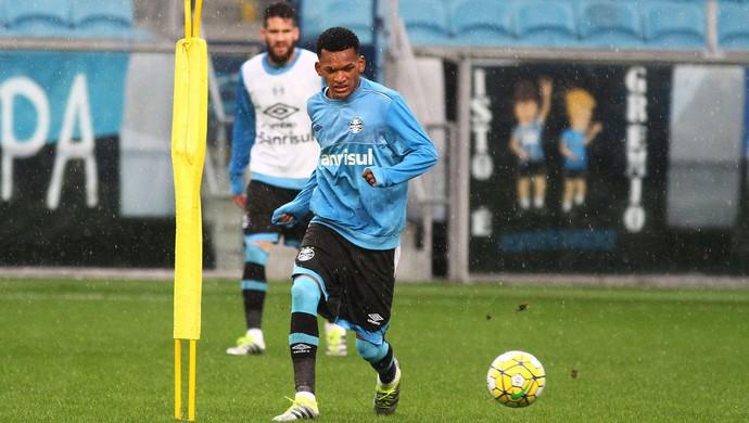 Jailson em treino tático na Arena (Foto: Lucas Uebel / Grêmio, DVG)