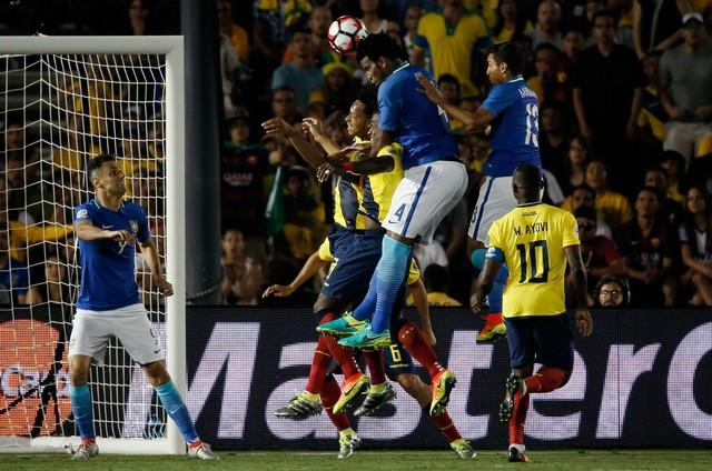 Resultado de imagem para brasil x equador