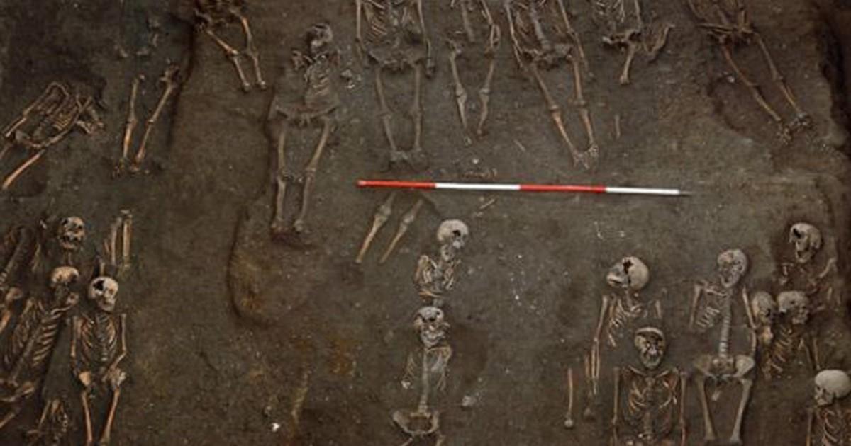 Cemitério medieval é descoberto sob Universidade de Cambridge