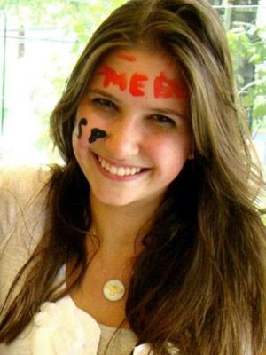 Carolina Martines, de 17 anos, foi a primeira colocada no vestibular de medicina da Unifesp (Foto: Arquivo pessoal)