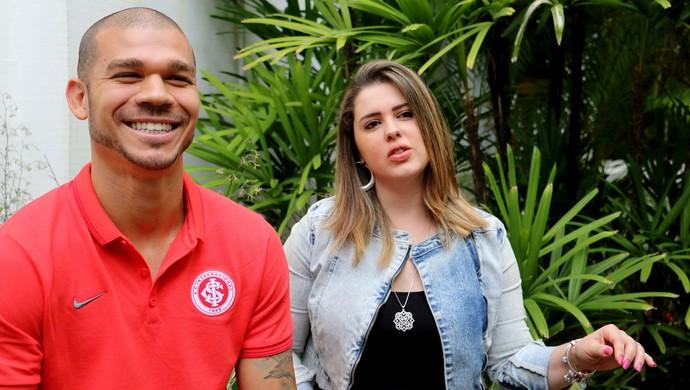 Nilton com a esposa Karen (Foto: Diego Guichard)
