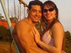 Em foto antiga ao lado do namorado, Juju Salimeni aparece irreconhecível