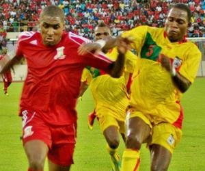 Jônatas Obina em ação pela seleção de Guiné Equatorial (Foto: Jônatas Obina/Arquivo pessoal)