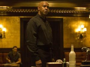 O ator Denzel Washington no filme 'O protetor' (Foto: Divulgação)