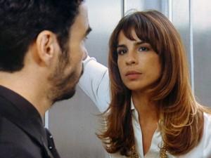 Danielle enfrenta José Pedro (Foto: Gshow)