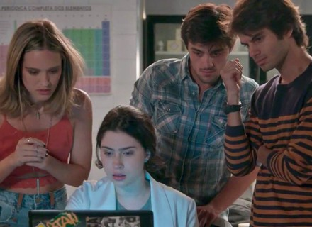Teaser: Cassandra encontra prova sobre farsa de Sofia