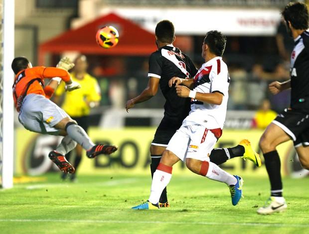 Andre Vasco e Vitória (Foto: Alexandre Cassiano / Agência o Globo)