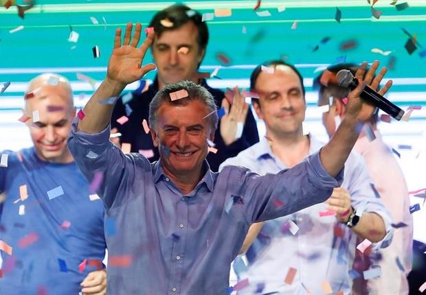 O presidente argentino Mauricio Macri celebra a vitória do Cambiemos nas eleições argentinas (Foto: David Fernández/EFE)