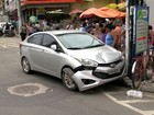Quatro são detidos em acidente com carro roubado em Cariacica, ES