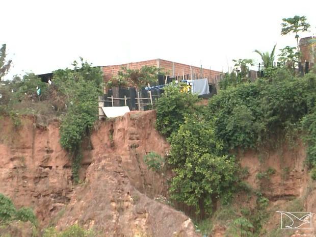 Defesa Civil faz monitoramento de áreas de risco em São Luís (Foto: Reprodução/TV Mirante)
