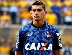 Goleiro Santos, do Atlético-PR (Foto: Divulgação/Site oficial do Atlético-PR)