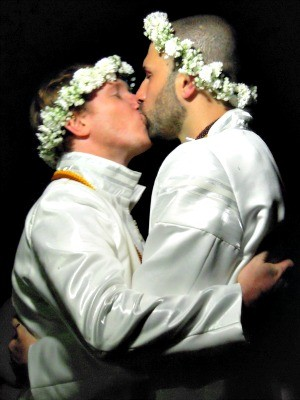 Anderson e Tiago casaram no religioso em Porto Alegre (Foto: Arquivo Pessoal)