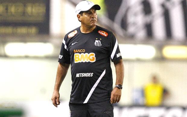 Muricy, Santos e Atlético-mg (Foto: Ricardo Saibun / Divulgação Santos FC)