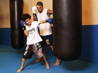 Felipe Titto pratica boxe com o filho e fala sobre sua relação com o menino: 'Ele me deu mais foco'