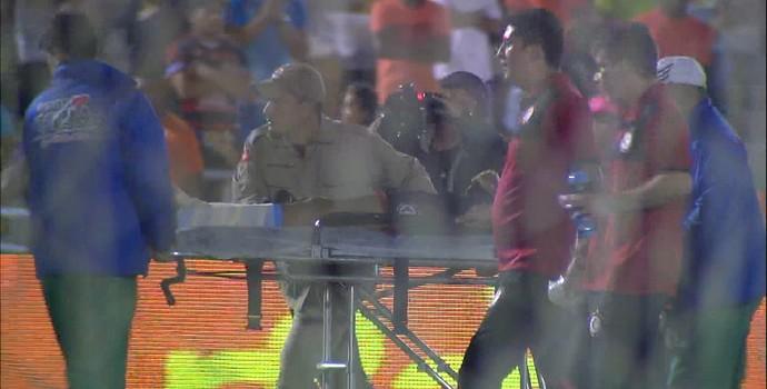 Contusão do atacante Alvinho, do Campinense (Foto: Reprodução / TV Paraíba)