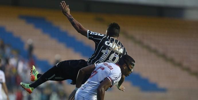 Alvaro Pereira São Paulo x Corinthians (Foto: Rubens Chiri/saopaulofc.net)