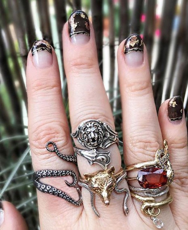 Nail Art inspirada no universo das bruxas (Foto: Reprodução)